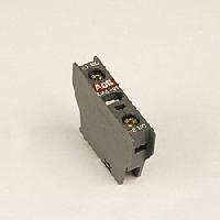 ABB CA4-10 Контакт 1НО фронтальный для контакторов AF09-AF38 и NF (1SBN010110R1010)