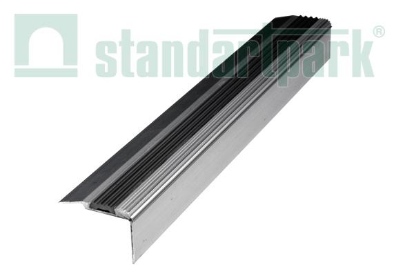 Алюминиево-резиновая накладка на ступени, 1,8 м