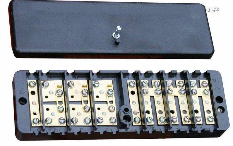 Коробка испытательная переходная (68х220х33)