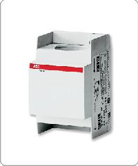 ABB Трансформатор тока модул. TRF M 150/5A (2CSM100100R1111)