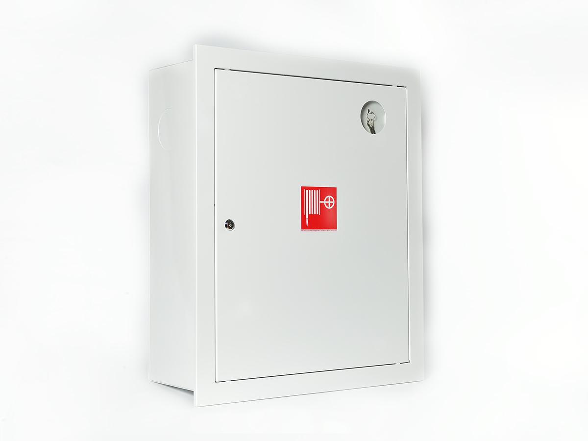 Шкаф пожарный ШПК-310ВЗБ встраиваемый закрытый белый